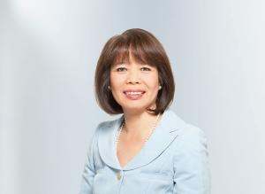 Cecilia Reyes  CIO Zurich Insurance