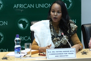 Fatima Haram Acyl, Commissaire au commerce et à l'industrie de la Commission de l'Union Africaine