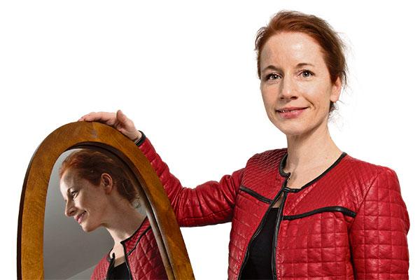 Isabelle Falconnier